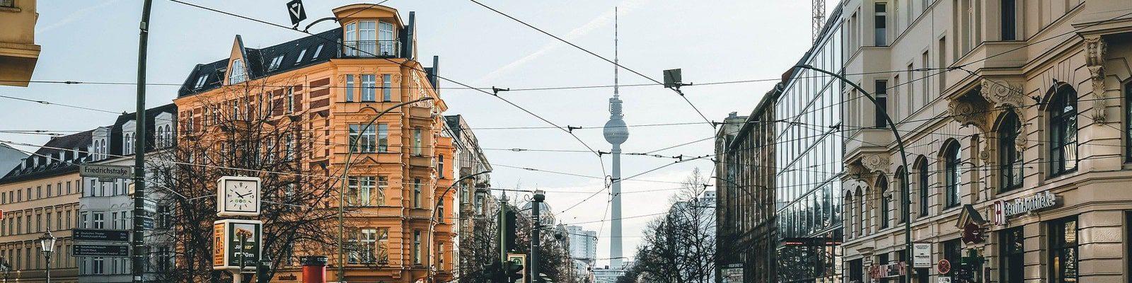 berlin_1600x400-min